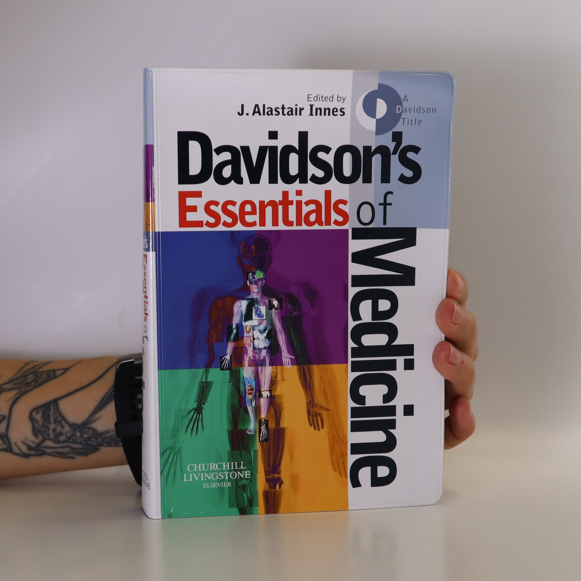 antikvární kniha Davidson's essentials of medicine, 2011