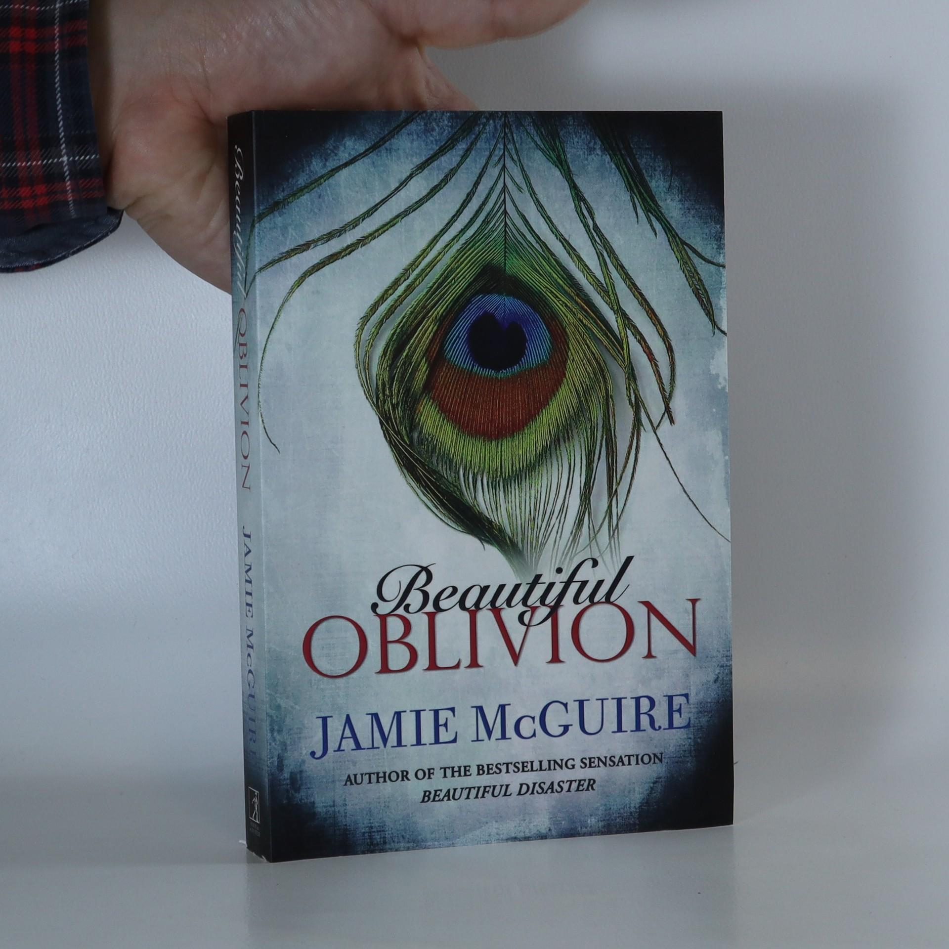 antikvární kniha Beautiful Oblivion, 2014