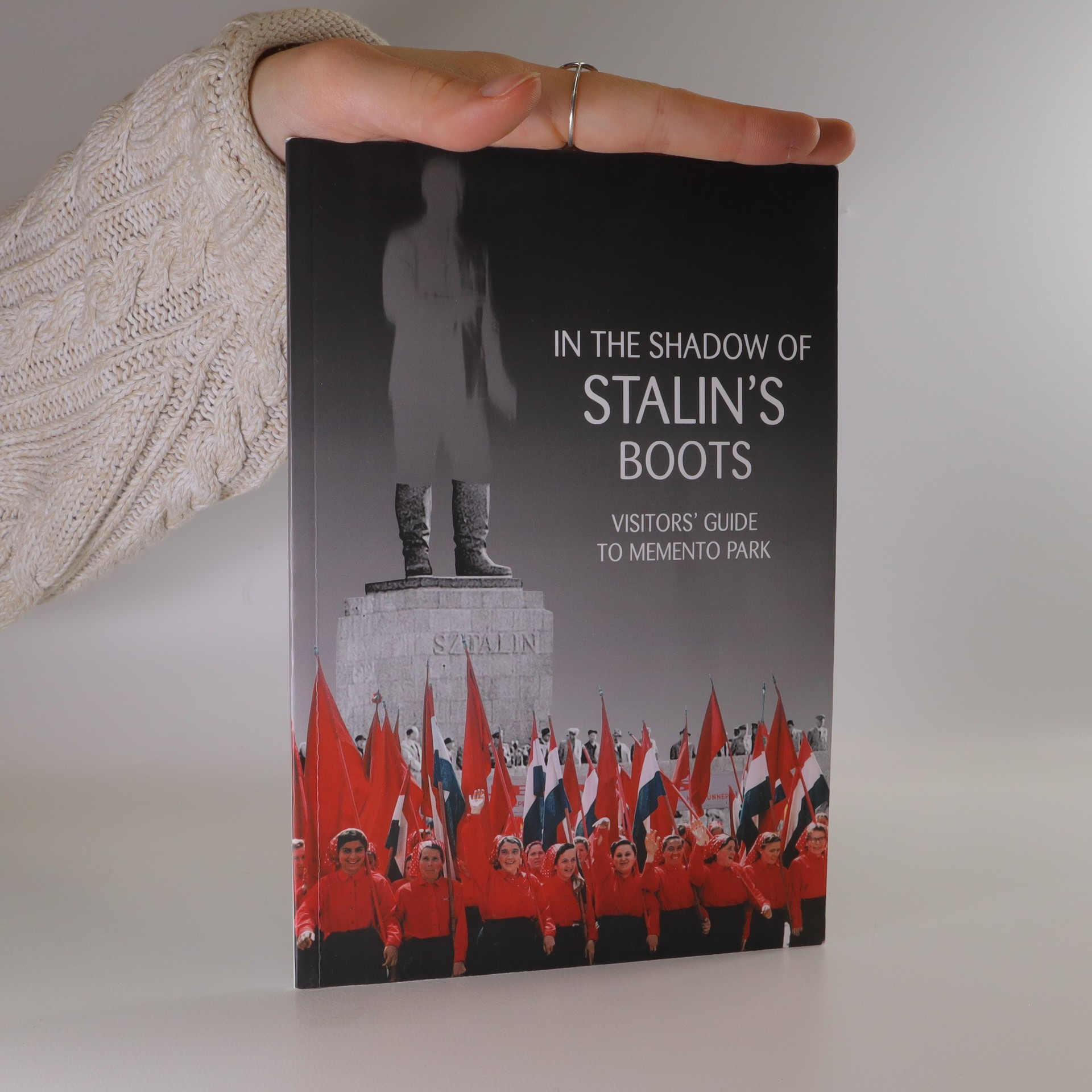antikvární kniha In the shadow of Stalin's boots, 2010