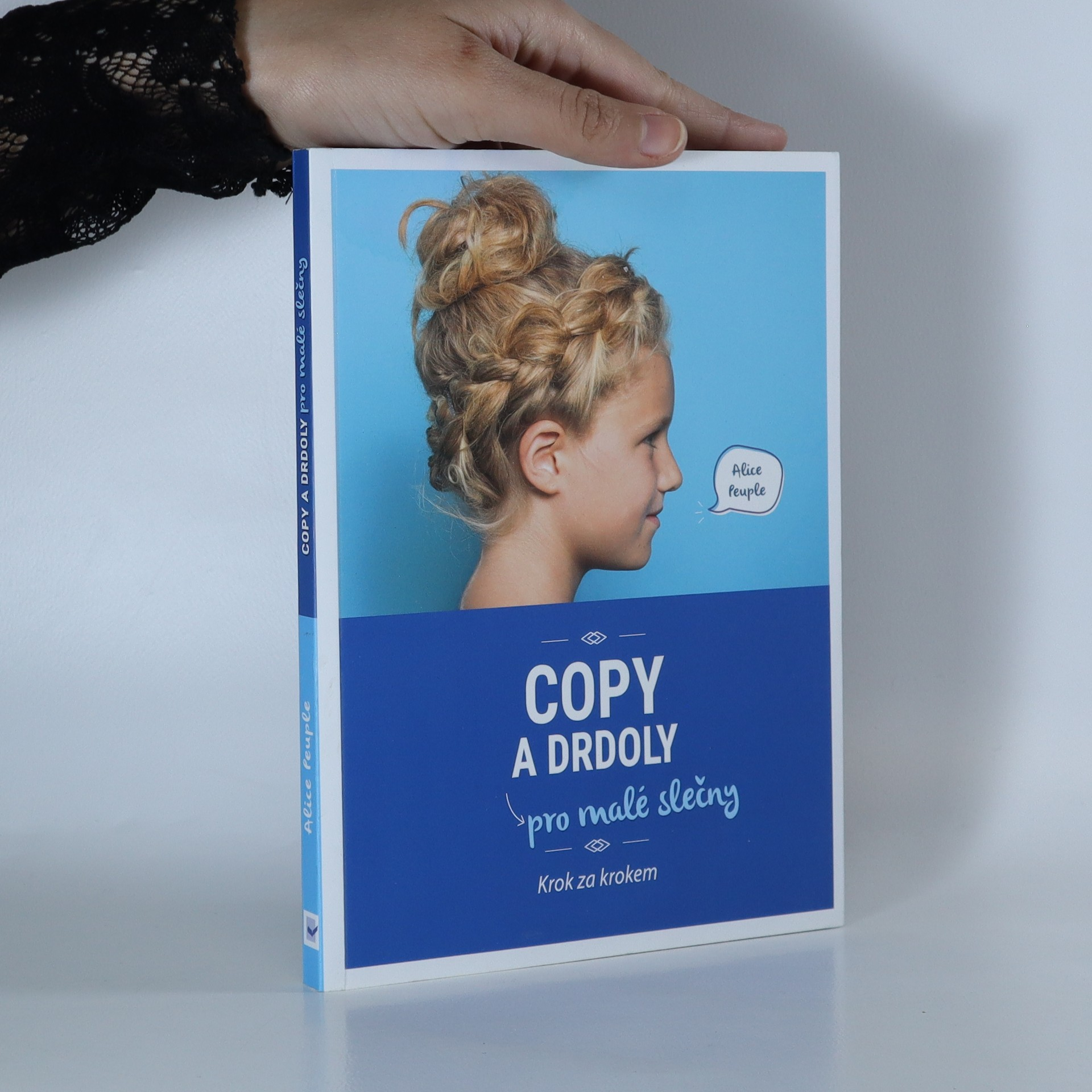 antikvární kniha Copy a drdoly pro malé slečny. Krok za krokem, 2016