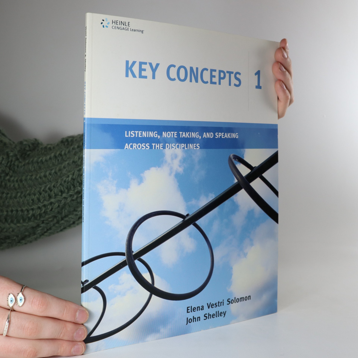 antikvární kniha Key Concepts, 2005
