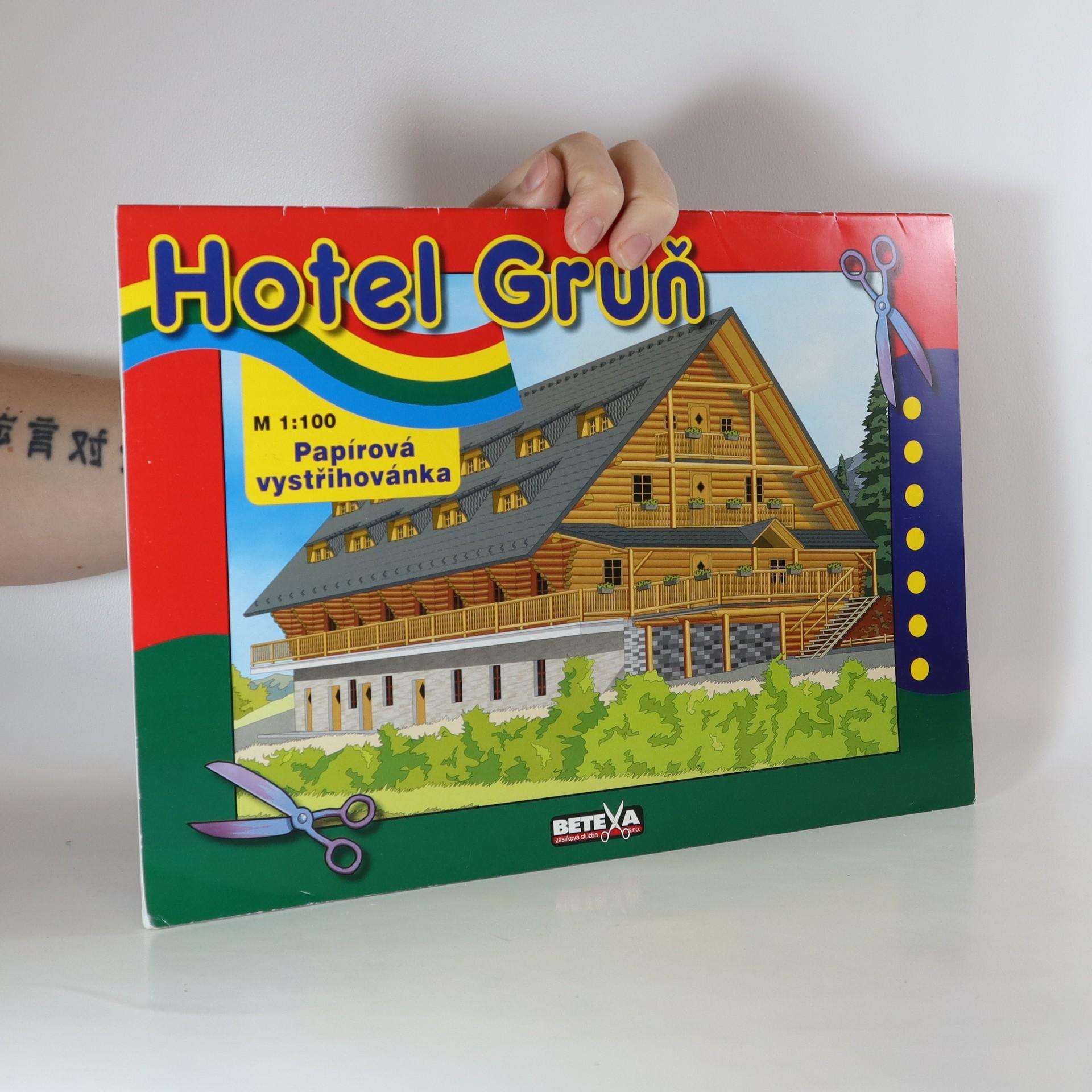 antikvární kniha Hotel Grůň - papírová vystřihovánka , neuveden