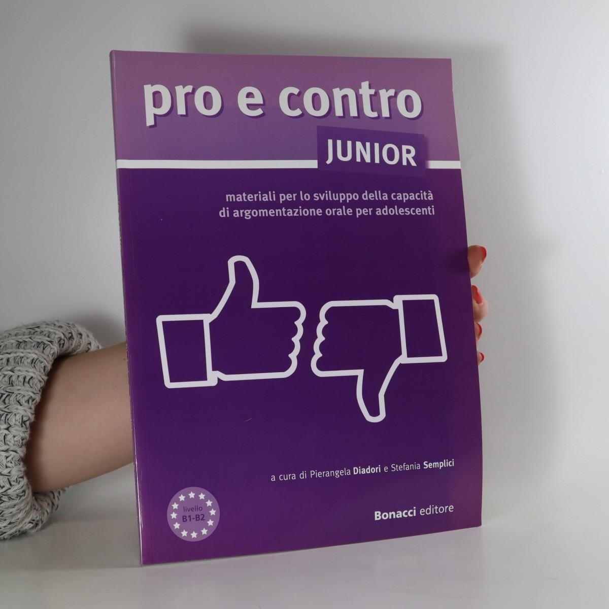 antikvární kniha Pro e contro junior, neuveden