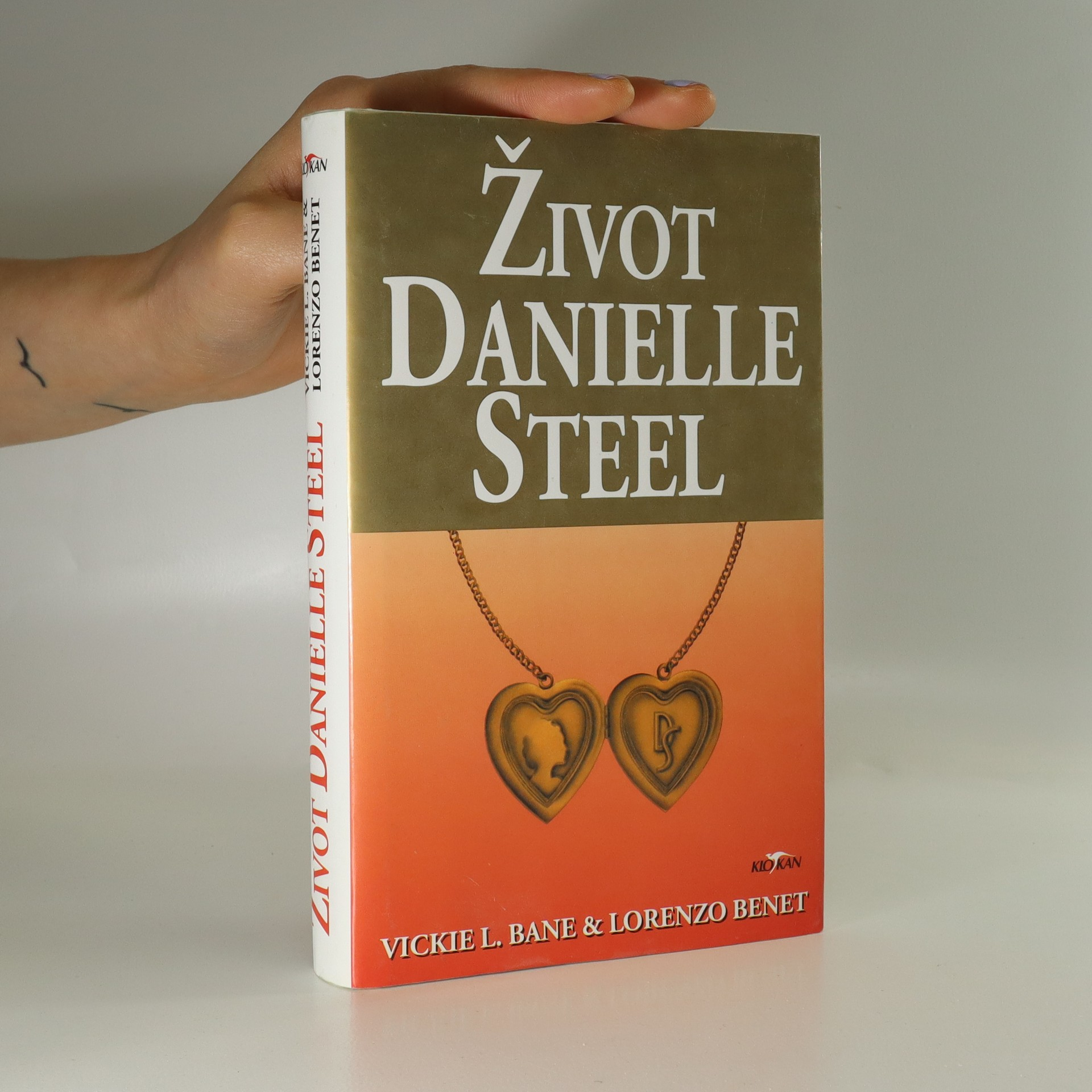 antikvární kniha Život Danielle Steel, 1999