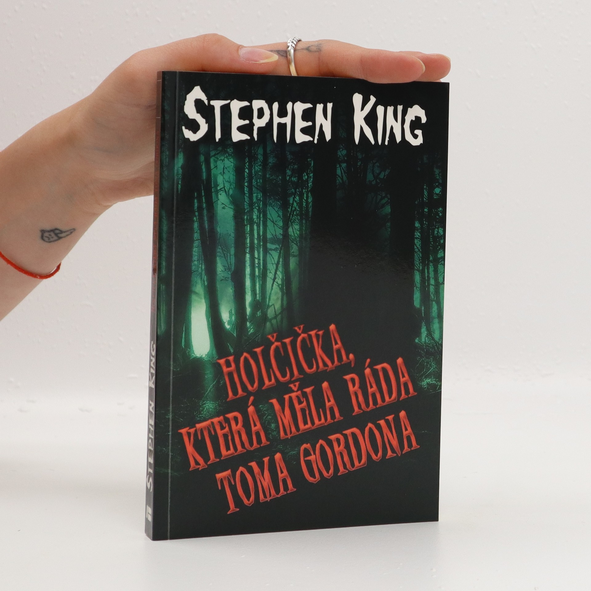 antikvární kniha Holčička, která měla ráda Toma Gordona, 2013
