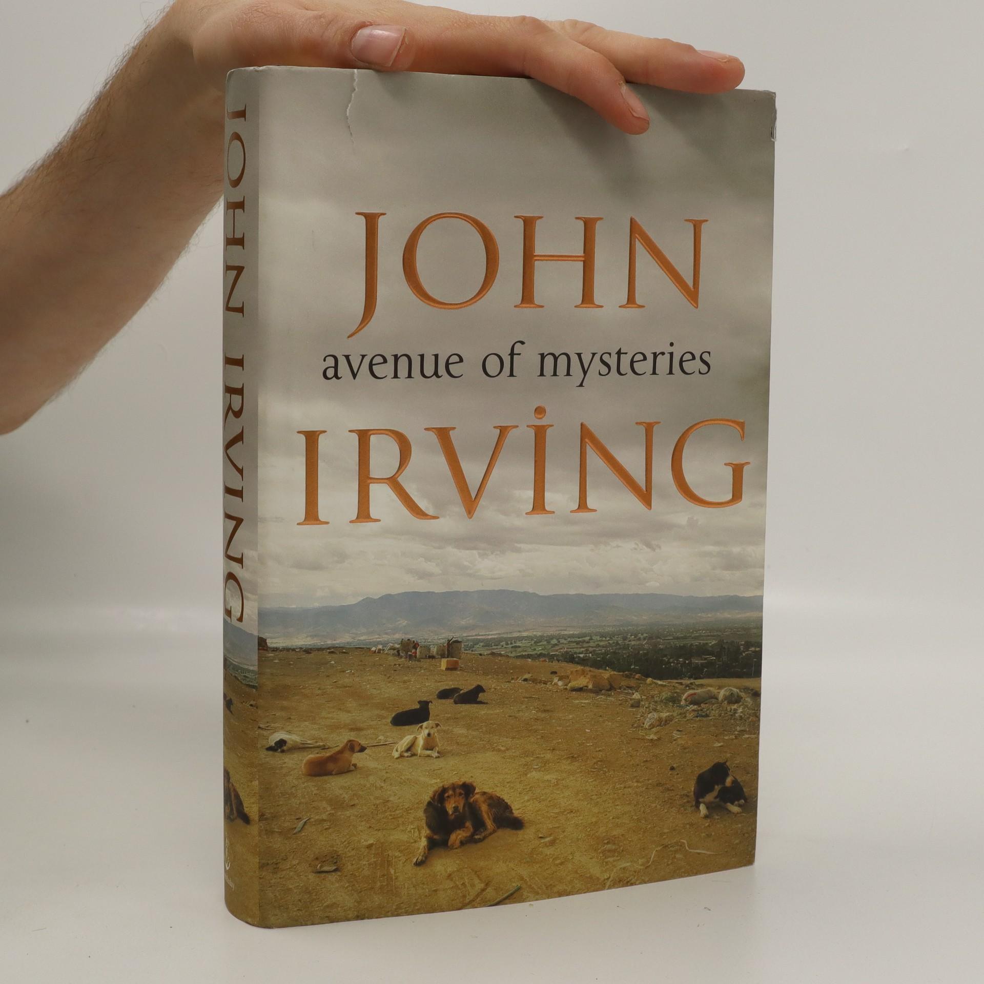 antikvární kniha Avenue of mysteries, 2015