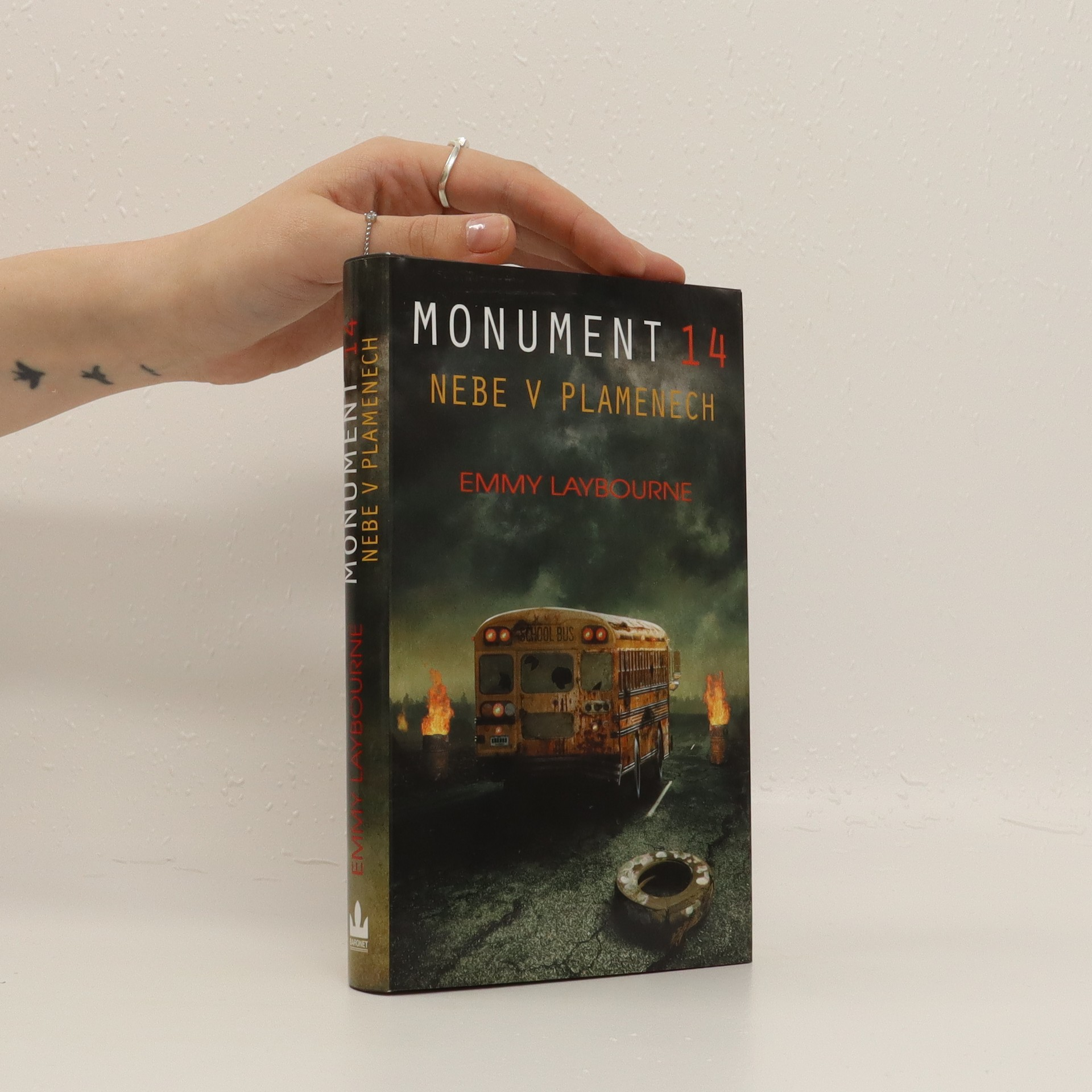 antikvární kniha Monument 14. 2. díl. Nebe v plamenech, 2013