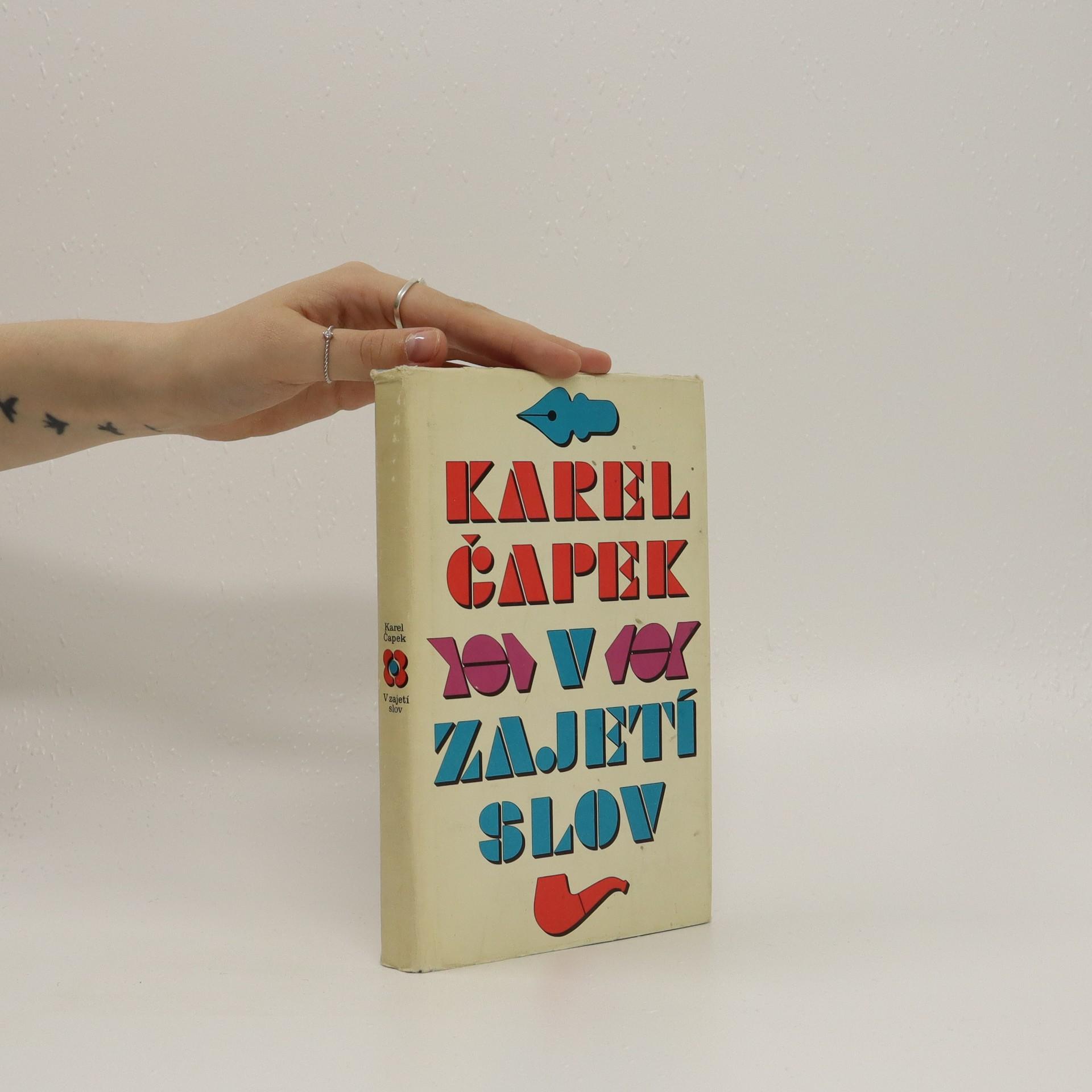 antikvární kniha V zajetí slov, 1969