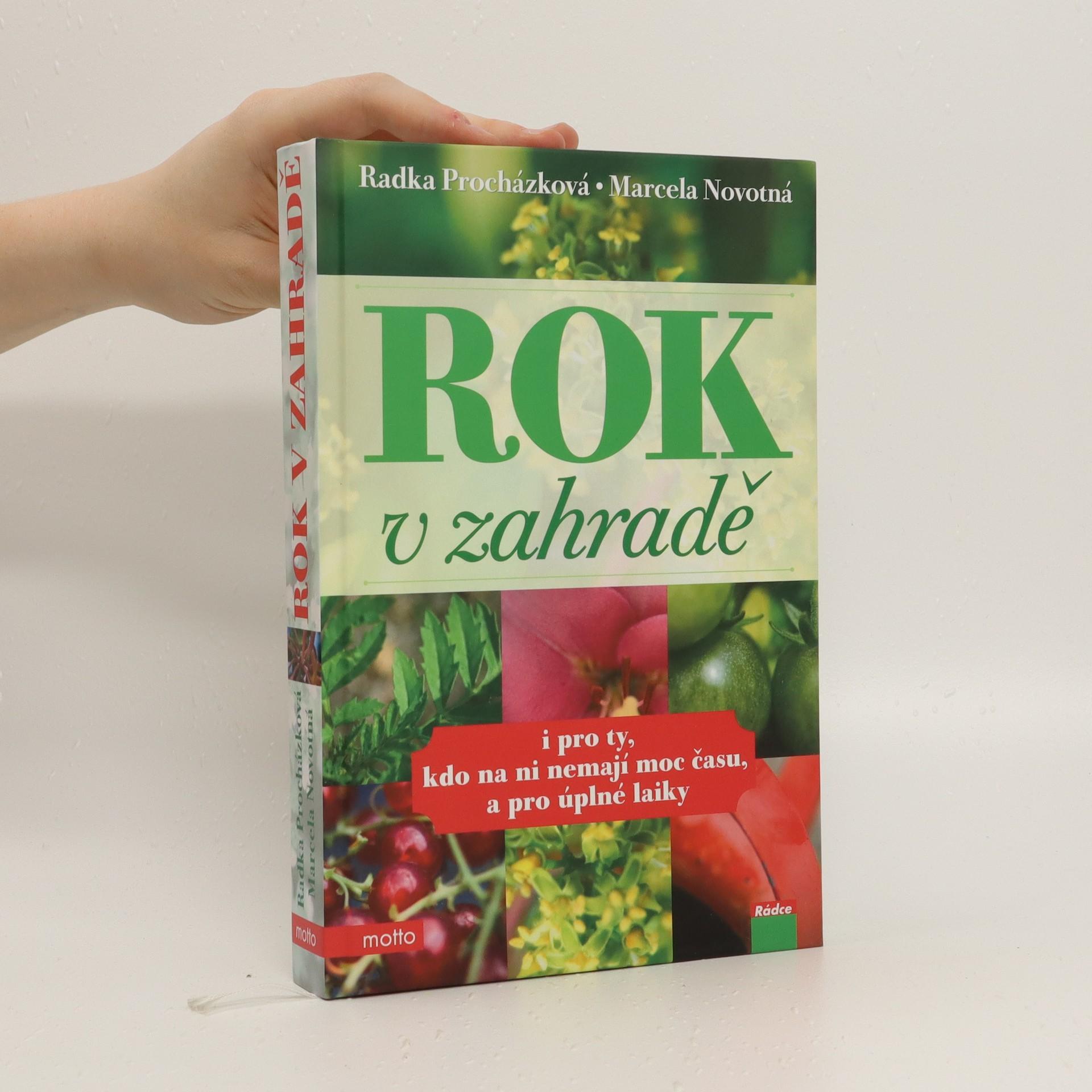 antikvární kniha Rok v zahradě, 2011