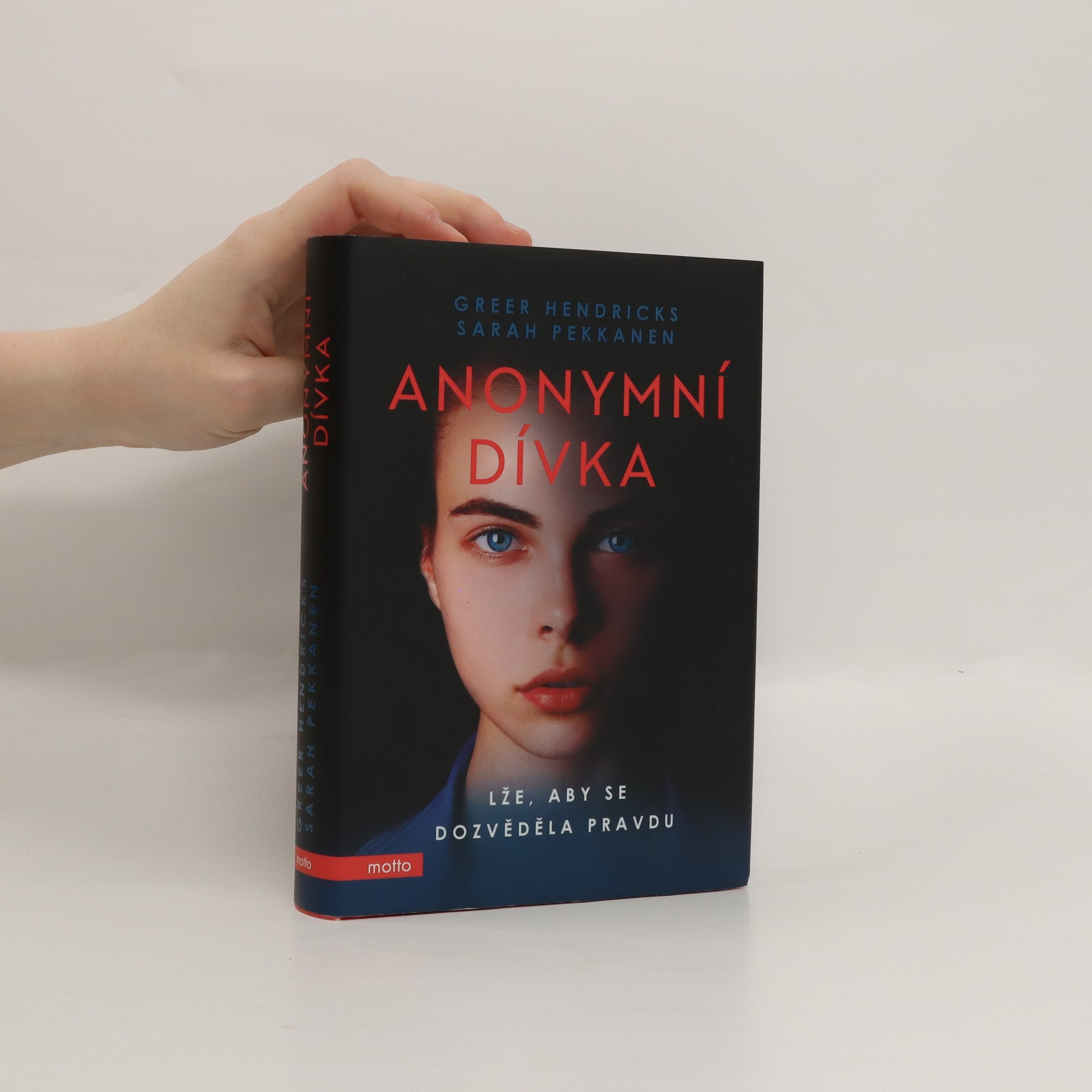 antikvární kniha Anonymní dívka. Lže, aby se dozvěděla pravdu, 2019