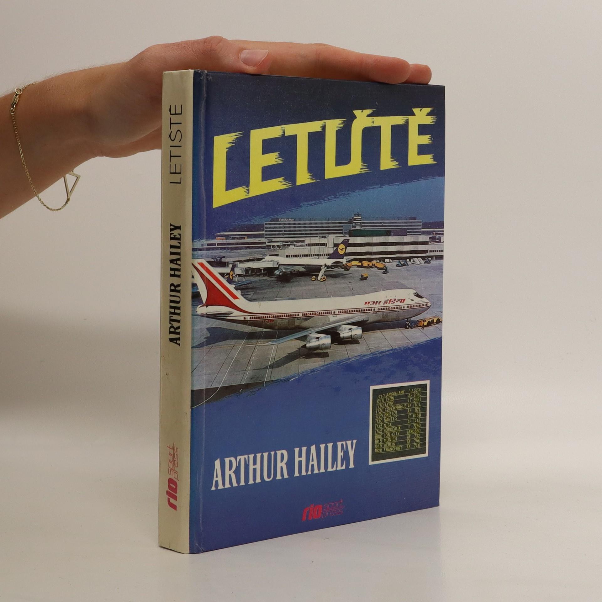 antikvární kniha Letiště, neuveden