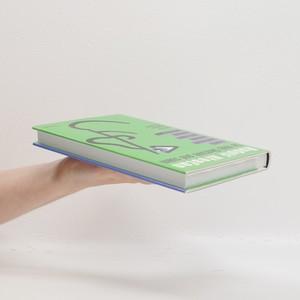 antikvární kniha Co mají Skotové pod sukní a další fejetonové pohledy pod sukně různých skutečností, 2012