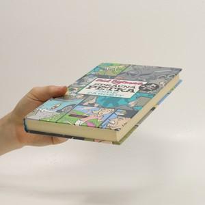 antikvární kniha Správná pětka jede tábořit, 2011