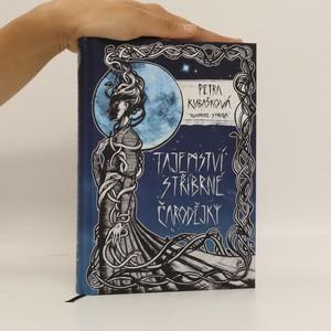 náhled knihy - Tajemství stříbrné čarodějky