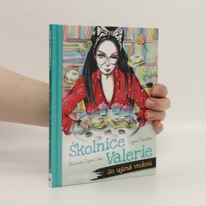 náhled knihy - Školnice Valerie se ujímá vedení