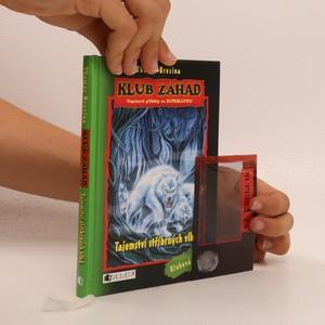 náhled knihy - Tajemství stříbrných vlků (bez superlupy)