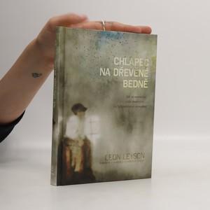 náhled knihy - Chlapec na dřevěné bedně