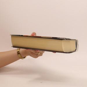 antikvární kniha Kdo chce víc, 2015