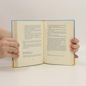 antikvární kniha Jenom ponožky nestačí, 2014