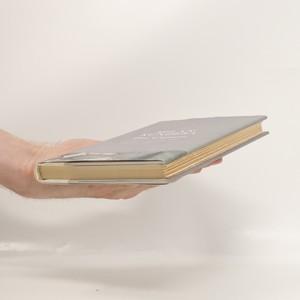 antikvární kniha The Curtain, 2006