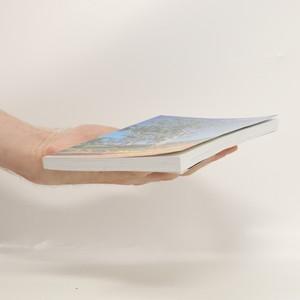 antikvární kniha Mezi našimi v Klokánii, 2013