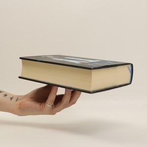 antikvární kniha Ty vyber, kdo přežije, 2017