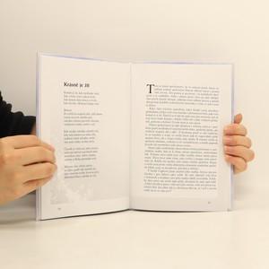 antikvární kniha Krásně je žít, 2010