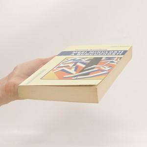 antikvární kniha Mezi minulostí a budoucností. Osm cvičení v politickém myšlení, 2002