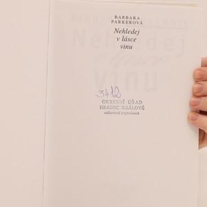 antikvární kniha Nehledej v lásce vinu, 1997
