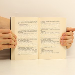 antikvární kniha Half bad - Napůl zlý, 2014