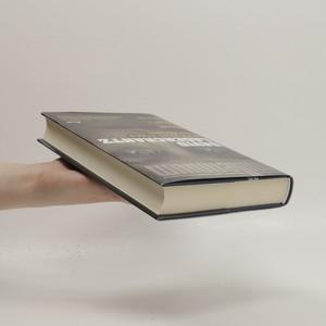 antikvární kniha Dievča, ktoré uviazlo v pavúčej sieti, 2015