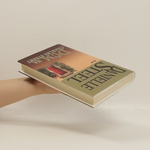antikvární kniha Dům na Charles Street, 2012