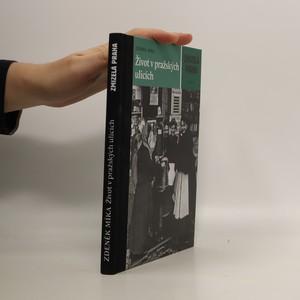 náhled knihy - Život v pražských ulicích